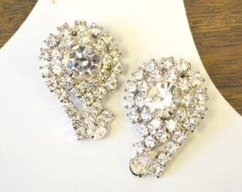 1960s Clear Rhinestone Comma Clip Earrings