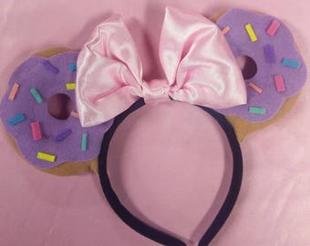 Purple doughnut minnie ears
