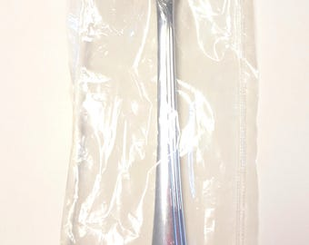 1 Table Serving Spoon  Fantacy Rose Silver Plate Community Oneida New condition / Unused, Still In the Wrapper