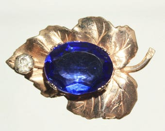 Small Gold Wash Sterling Silver Lapel Pin, Sapphire Blue Faceted Glass Stone, Silver Leaf Brooch