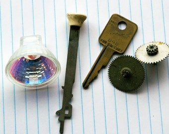 Upcycling Supplies, Keys, Gears, Light