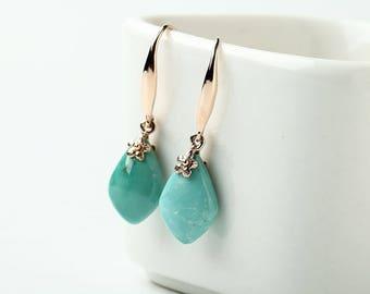 Turquoise Earrings,9k Gold Earrings,Natural Gemstone Earring Jewelry gift gemstone size 16x9x5mm  2.4g