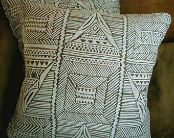 Mariano Fortuny Cotton Fabric Custom Designer Throw Pillows Set of 2 Brown  White Mayan New