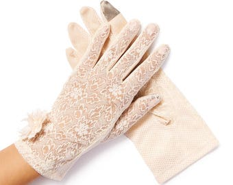 Lulu Ivory Pearl & Daisy Sheer Summer Gloves
