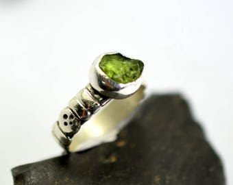 Raw peridot silver ring, natural gemstone green ring, sterling silver rough green stone ring size 6.5 August birthstone cutout band ring