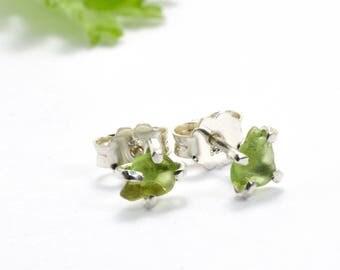 Raw peridot earrings studs, sterling silver peridot rough stone studs uncut green stone small earrings green gemstone stud, peridot jewelry