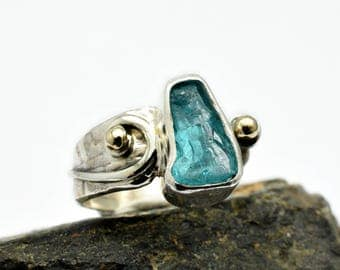 Apatite ring sterling silver rough gemstone ring blue crystal ring, raw apatite stone ring size 6.25, gold and silver ring artisan jewelry