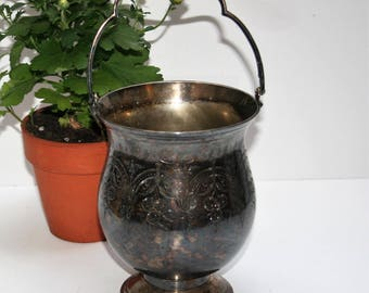 Vintage Etched Art Deco Silver Plate Ice Bucket Raimond Sheffield England EPNS Champagne Bucket with Drainer