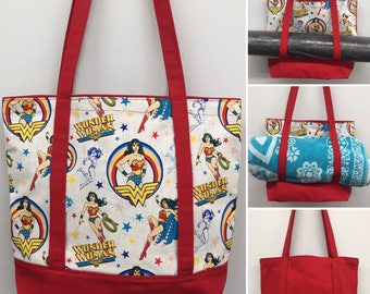 Wonder Woman Carry All Tote_Red w/Old Pattern Print