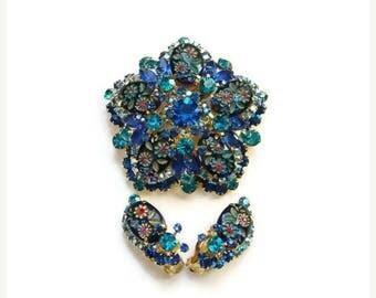 ON SALE 1965 Juliana Brooch Earrings Set Blue Rhinestone Engraved Flower Ovals D&E DeLizza Elster