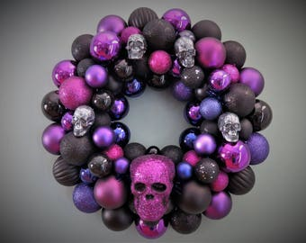 HALLOWEEN Wreath SKULLS BLACK and Purple Ornament Wreath