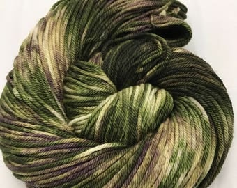 "Flash Sale! Oscar Worsted , Hand Dyed Yarn, Superwash merino, worsted weight, multicolored yarn, Jake ""popcorn is most definitely not food"""
