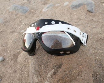 Smooth rider: handmade leather goggles