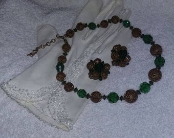 True Vintage 50's signed Lisner Emerald green gold Necklace Earrings Set Stunning