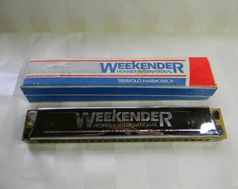 Vintage Harmonica, Hohner International Weekender Tremolo Harmonica in Original Box