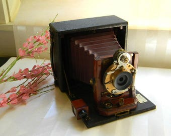 Antique POCO Folding Camera, Rochester Camera Co., 1894