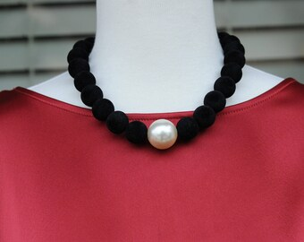Bib Necklace, Black short Necklace, Black and Pearl Necklace, Gift for her, Holiday Gift, Everyday use