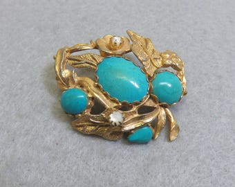 Gorgeous Designer Look Faux Turquoise Leaf Pin