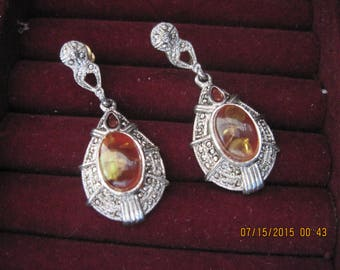 Vintage ROMANTIC Silver Art Deco Maracasite & Faux Amber Teardrop Stud Earrings....#8116...Bridal Wear,Gift 4 Her,Gift 4 Mom,Classic Style