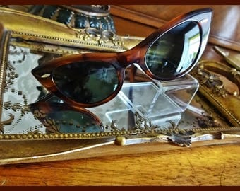 RAY-BAN B and  L1980 Bausch & Lomb Made in USA 1980 Model W0960 Cat Eye