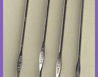 Metal CROCHET Hooks Lot 4 Vintage Sizes 2 3 7 11