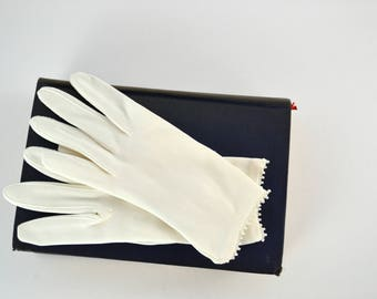 1960s White Nylon Wrist Length Gloves with Seed Cuff by Miss Arie