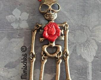 necklace skeleton