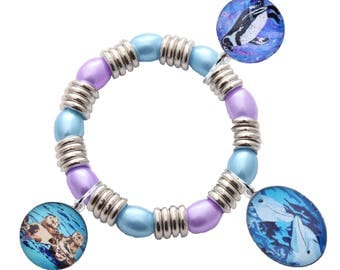 Ocean Animal Charm Stretch Bracelet for Young Girl by Salvador Kitti - Sea Otters, Penguin and Dolphins