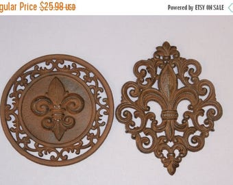 12% OFF Set of 2 Fleur de Lis, 1 Wall Plaque and 1 Deco Circle, Unfinished, Ready to Paint