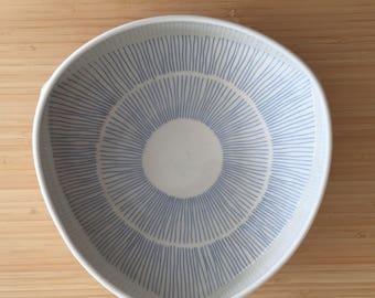Porcelain Medium Server - Circular Design