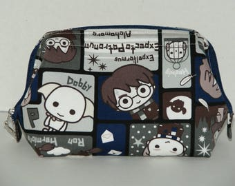 """Wire Frame Zipper Pouch With Pocket / Padded Cosmetic Bag Made with Japanese Cotton Oxford Fabric """"Harry Potter - Navy"""""""