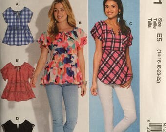 McCall's M7571, Size 14-16-18-20-22, Misses' Tops Pattern, UNCUT, Loose-Fitting, Pullover, Ruffles, Summer, Short Sleeves, Casual, Fun