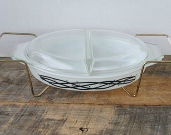 Vintage Pyrex Divided Casserole Dish Barbed Wire with Cradle