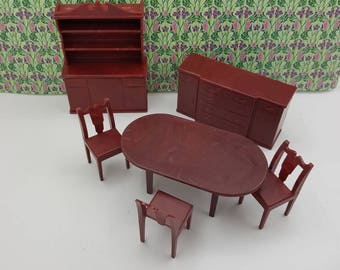 Marx Dining room set Complete   Toy Dollhouse Traditional Style hard Plastic reddish  Brown 3 chairs