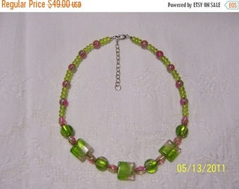 CLEARANCE 36% OFF, Green and Pink Murano glass necklace. Sterling Silver.
