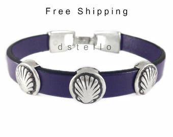 Scallop shell leather bracelet, Way of St. James bracelet, Souvenir Camino de Santiago, Pilgrim ways gift, Custom made to your size