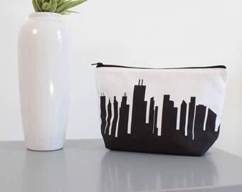 Chicago City Makeup Bag - Skyline Silhouette