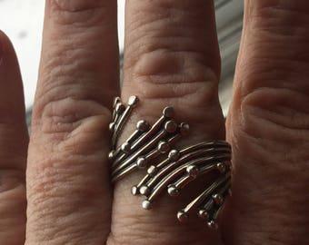 Sterling silver signed Beau vintage modernist ring