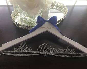 Wedding Hanger, Personalized Bride Hanger, Brides Hanger, Glitter Hanger, Bling Hanger, Sparkle Hanger, Acrylic Wedding Hanger, Gold Hanger
