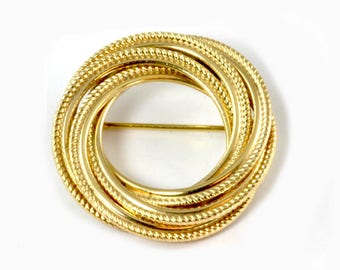 Vintage Gold Filled Circle Pin - Rope Design Brooch by Winard - 1960's Jewelry - Gift for Her