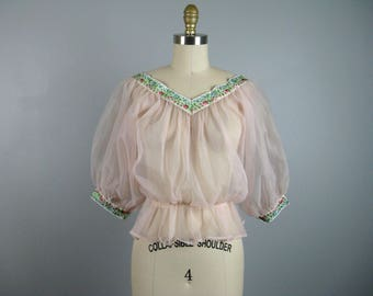 Vintage 1950s Pink Sheer Nylon Blouse 50s Airy Puff Sleeve Blouse with Ribbon Trim Size M