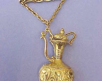 Beautiful Vintage Lisner Brooch with Dangling Egyptian Style Jug