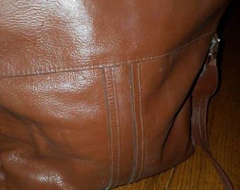 Vintage chocolate leather purse boho style/indie/cognac