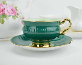 Elizabethan Teacup and Saucer in Emerald Green With Yellow Rose, English Bone China, Porcelain Teacup, Wedding Gift, ca 1960