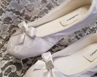 White Lace Bridal Flats, Satin & lace Vegan Shoes trimmed satin bow with rhinestones square brooch,White Vegan flat shoes,Non Slip Slippers