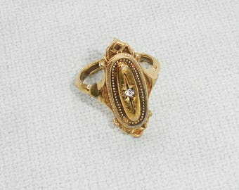 Vintage Golden Sarah Coventry Ring - Size 7