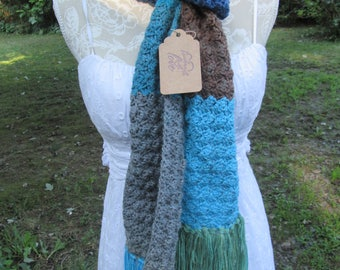 Hand crocheted simple multi color scarf     (NEW)   Free Shipping