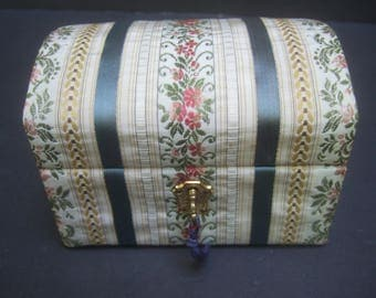 NEIMAN MARCUS Elegant Cloth Jewelry - Trinket Box c 1970s