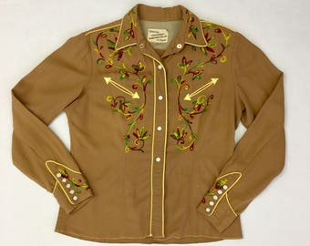 1940s gabardine women's embroidered pearlsnap button up