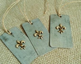 3 Hand Cut Metal Fleur de lis Tags/Ornaments/Pendants, Zinc Tag